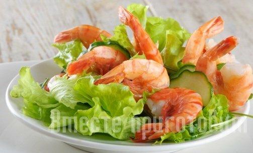 Салат с креветками и грибами и зеленный салат с фото