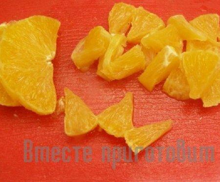 Cалат с апельсином и куриным филе